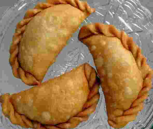 Mawa Gujiya: Best Sweet of India