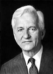 Germany,former,President Richard von Weizsaecker,31 January 2015,1984 to 1994,German reunification (Reunion of East and West Germany). Richard von Weizsaecker,soldier,German army,World War II,Christian Democratic Union,West Berlin, khichdi, blog,Richard von Weizsaecker