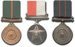 President Pranab Mukherjee gives away Chakra Awards to Defence Personnel