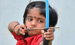 Two-year-old toddler Cherukuli Dolly Shivani creates archery record ,Andhra Pradesh,Archery,Records,Sports