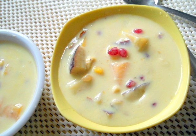 lassi with nuts,Fruit Smoothies,khichdi, online, resipe, health, summer, cool,Yogurt with plate full of fruits,Combine Mango shake with Poha or Idli