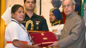 President Pranab Mukherjee presents Florence Nightingale Awards to 35 nurses, khichdi, blog,current affairs, general,knowledge, ias, ips, civil, services, CSAT,pre, ies, general studies, GS, mains, competitive, entrance, bank, PO, IBPS, current, affairs, may, 2015, blog, study, material, CSAT