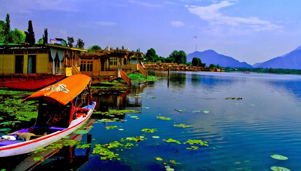 Kashmir, 15 Places in India to Chill Out this Summer, Summer, Vacations, Coorg, Karnataka,  Islands of Lakshadweep, Majuli Island, Assam, Andamans, Deodar Forest, Himachal Pradesh, Kashmir, Ladakh, Leh, Matheran, Mizoram, Himalaya, Nanda Devi, Nohkalikai Falls, Cherrapunji, Valley of Flowers, Uttarakhand, Stok Range, Ladakh, Hill station, Tourism, Munnar, Tea garden, Yumthang Valley, Sikkim